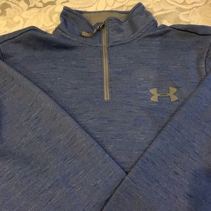 Blue Under Armour pullover size medium.